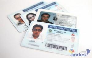 licencias de conducir en ecuador